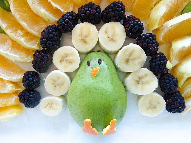 как нужно питаться, чтобы похудеть - черника и авокадо