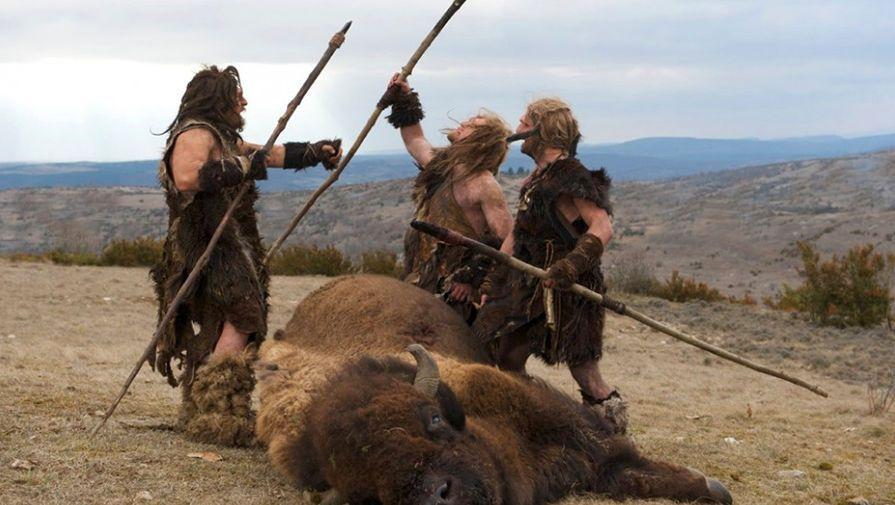 Кадр из фильма Последний неандерталец