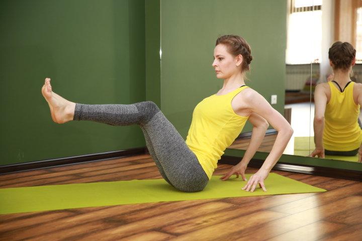 Йога Похудение В Ногах. Простая йога для похудения: 5 главных поз