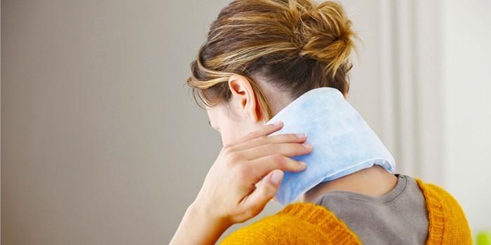 Как снять спазм мышц шеи и плеч