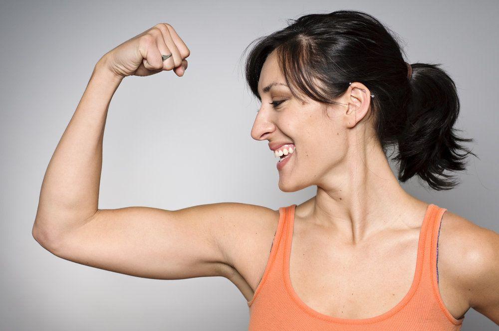 Похудеть Мышцам Рук. Быстрые и простые упражнения для похудения рук и подтяжки висящей кожи в домашних условиях