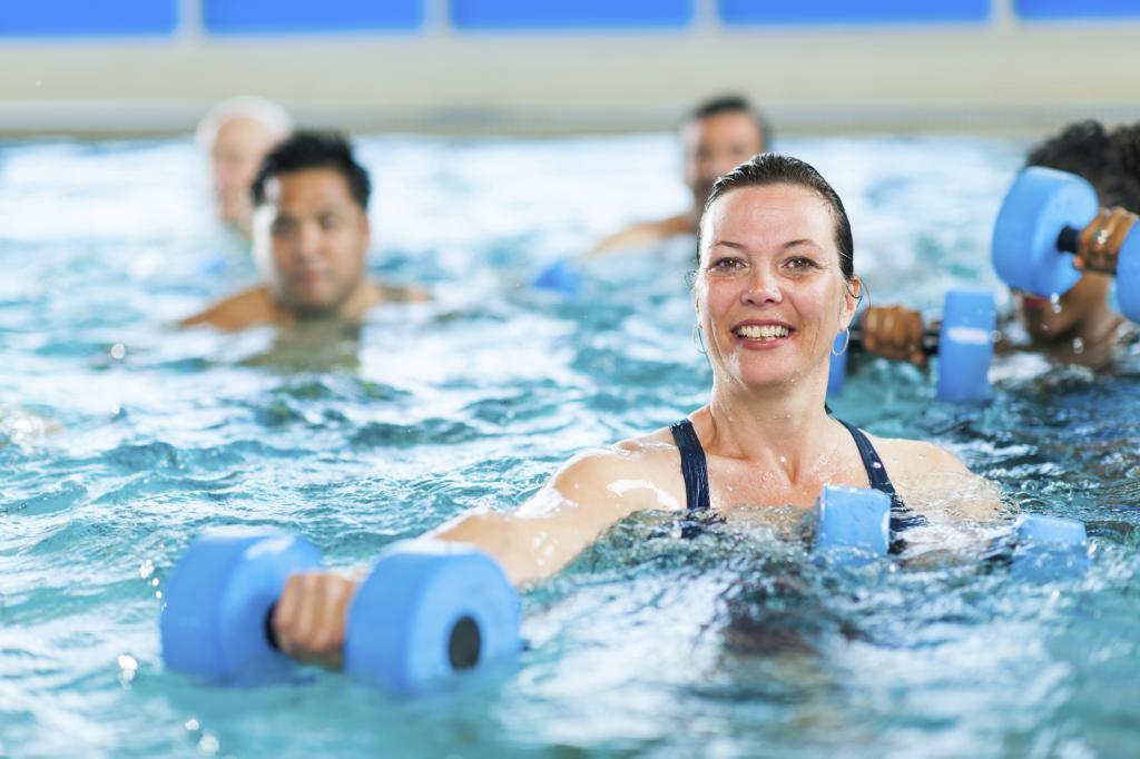 Чем Нужно Заниматься Чтобы Похудеть Плавание. Можно ли похудеть плавая?